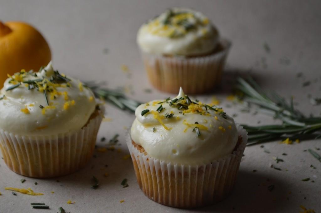 Cupcakes med rosmarin og bergamot 017