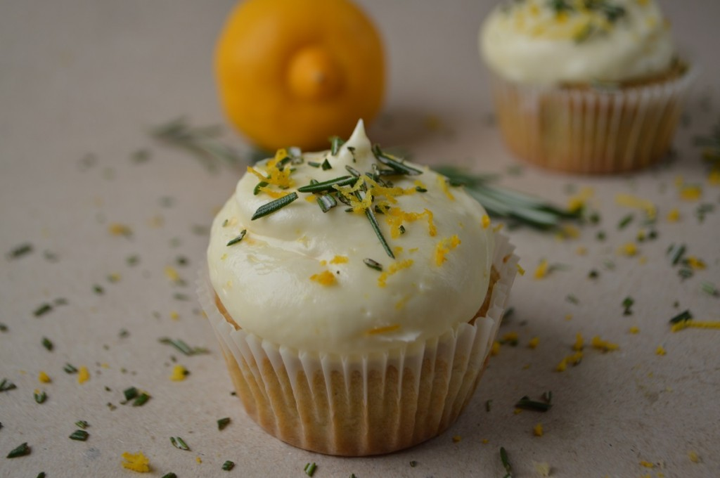 Cupcakes med rosmarin og bergamot 035