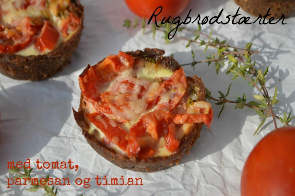 rugbrødstærter med tomat, parmesan og timian