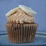 Banoffee cupcakes – og et fif til cupcakes på farten