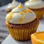 Luftige cupcakes med appelsin og olivenolie